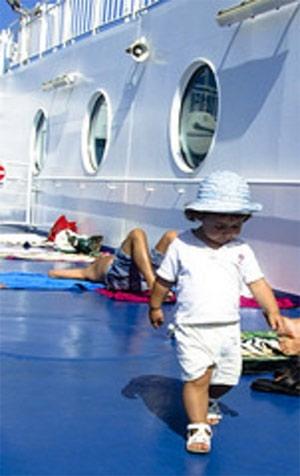 bambino-traghetto.jpg
