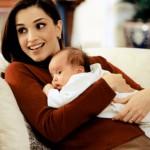 La regina Rania di Giordania con la piccola Salma